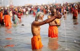 Ấn Độ công nhận tư cách như con người cho 2 dòng sông lớn