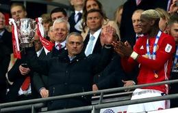 Soán ngôi Liverpool, Man Utd trở thành CLB giàu thành tích nhất nước Anh