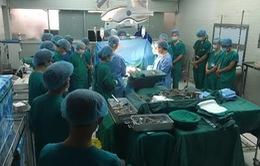 Ca ghép tim đầu tiên từ người cho chết não