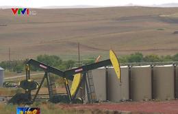 Giá dầu có thể tăng thêm 10 USD/thùng