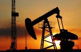 Giá dầu thế giới thấp nhất trong vòng 7 tháng