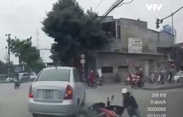 Cảnh báo phương tiện chuyển hướng đột ngột gây tai nạn