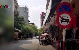Loạn... biển báo giao thông ở thành phố Thanh Hóa
