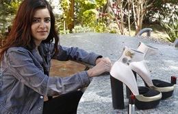Giày cao gót có bình xịt hơi cay - Sản phẩm tự vệ mới của phái đẹp