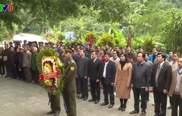 Lễ cầu siêu các anh hùng liệt sỹ hy sinh tại Hang Tám Cô