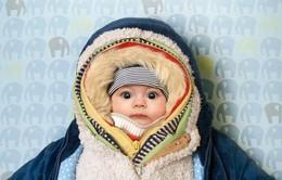 Giữ ấm cho trẻ bằng cách này là gây hại cho trẻ