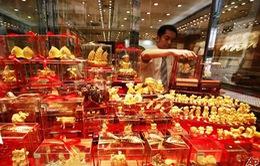 Người dân Trung Quốc đổ xô mua tặng phẩm bằng vàng