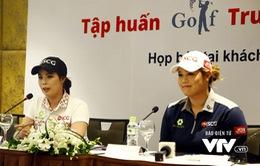 Phong cách khác biệt của chị em golf thủ Thái Lan nổi tiếng đến Việt Nam