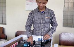 Tiền Giang: Học sinh sáng chế thiết bị cảnh báo người vượt đèn đỏ