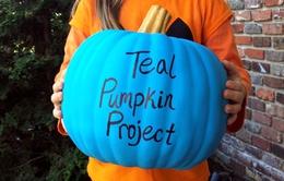 """Chiến dịch """"Bí ngô xanh"""" mùa Halloween dành cho trẻ dị ứng thức ăn"""