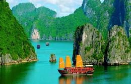 Vịnh Hạ Long giữ vững ngôi vị kỳ quan thiên nhiên thế giới