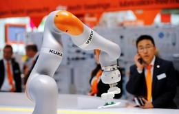 Hàn Quốc là quốc gia đầu tiên áp thuế cho robot