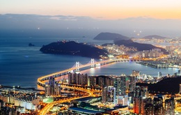 Hàn Quốc vật lộn với 1.300 tỷ USD nợ hộ gia đình