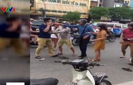 Video hành hung người nước ngoài sau va chạm giao thông gây xôn xao mạng xã hội