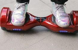 Mỹ: Bé gái thiệt mạng do xe điện cân bằng Hoverboard gây cháy nhà