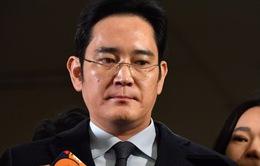 """""""Thái tử"""" của Samsung bị bắt vì nhiều tội danh"""