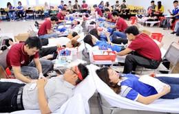 Hơn 2.000 sinh viên ĐH Tôn Đức Thắng hiến máu tình nguyện