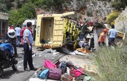 Tai nạn xe bus thảm khốc ở Thổ Nhĩ Kỳ, ít nhất 20 người chết