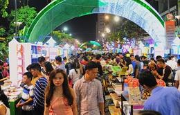 Khai mạc Lễ hội đường sách Tết Đinh Dậu 2017