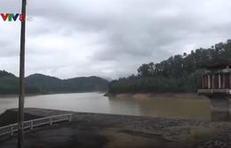 Quảng Ngãi: Hồ chứa nước mất an toàn trước bão số 12