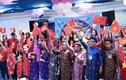 Lễ bế giảng năm học lớp tiếng Việt đầu tiên tại Belarus