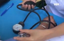 Bộ Y tế vào cuộc vụ 20 học sinh nghi bị mắc viêm cầu thận cấp