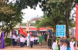 Đường đến trường của trẻ em vùng biển