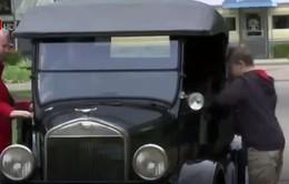 Bảo tàng dạy lái xe hơi cổ của Henry Ford