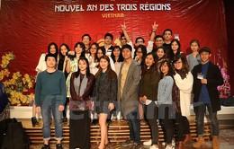 """Đặc sắc Gala """"Tết ba miền"""" của du học sinh Việt Nam tại Pháp"""