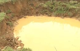 Quảng Bình: Phát hiện nhiều hố sụt lún bất thường