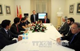 Họp báo tại Tây Ban Nha để thông tin về tình hình cá tra của Việt Nam