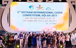 Đoàn Philippines giành ngôi quán quân hợp xướng quốc tế lần 5