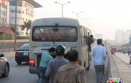 Hà Nội ra quân xử lý nghiêm xe khách, xe tải vi phạm
