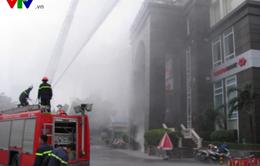Cận cảnh lính cứu hỏa diễn tập chữa cháy nhà cao tầng Hà Nội