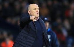 Cựu phó tướng của Sir Alex chính thức bị Hull City sa thải