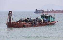 Tạm dừng các dự án hút cát ở biển Cửa Đại