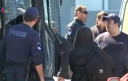 Hy Lạp bắt hàng chục nghi can buôn người
