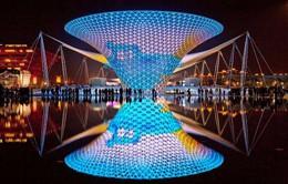 Đèn trang trí 3D thu hút tại hội chợ công nghệ quốc tế