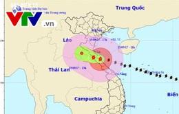 Vùng tâm bão số 10 đổ bộ đất liền khu vực Hà Tĩnh - Quảng Bình