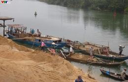 Khai thác cát gây sạt lở nghiêm trọng trên sông Krông Nô, Đắk Nông