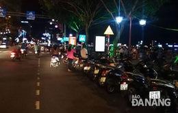 Đà Nẵng cấm đỗ xe máy trên đường Bạch Đằng