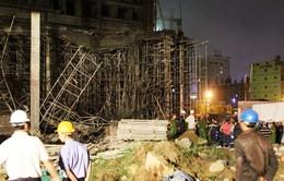 Đà Nẵng: Sập giàn giáo tòa nhà đang thi công, 6 người bị thương