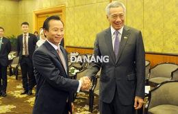 Bí thư Thành ủy Đà Nẵng tiếp kiến Thủ tướng Lý Hiển Long