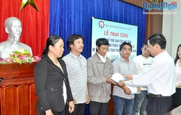 Quảng Ngãi hỗ trợ ngư dân bị nạn