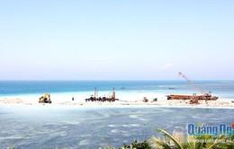 Đẩy nhanh tiến độ xây dựng cảng Bến Đình trên đảo Lý Sơn