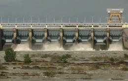 Xả tràn điều tiết hồ chứa Thủy điện Trị An