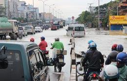 Mưa lớn gây ngập Quốc lộ 51, Đồng Nai