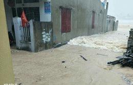 150.000 trẻ em miền Trung nguy cơ suy dinh dưỡng do lụt bão