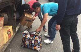 Kiểm soát chặt hàng hóa của khách trước khi vận chuyển