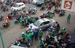 Bất cập trong đề xuất quản lý xe ôm bằng thẻ hành nghề tại Hà Nội